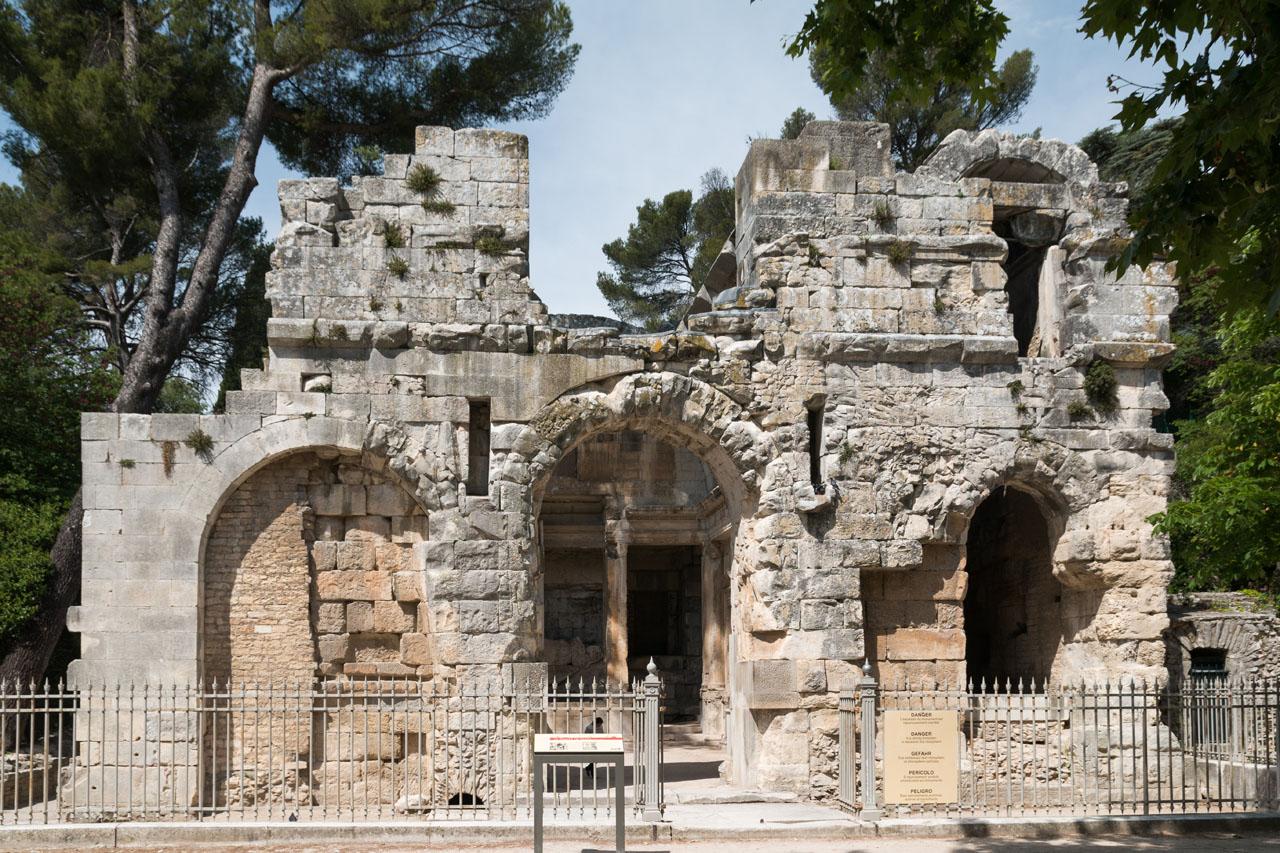 Templo de diana en nimes virtimeplace for Le jardin zen nimes