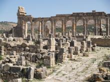 Vista ruinas y basílica