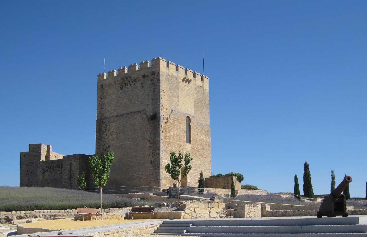 Fortaleza De La Mota En Alcala La Real Virtimeplace